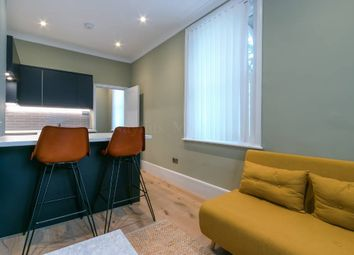 1 bed maisonette to rent in Hampstead High Street, Hampstead, Hampstead NW3