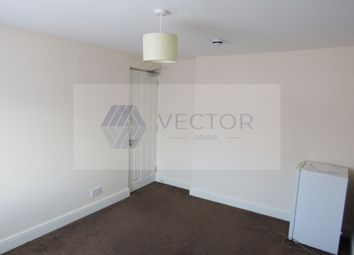Thumbnail Room to rent in Stretton Way, Borehamwood