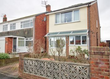 Thumbnail 2 bed detached house for sale in Waverley Avenue, Fleetwood