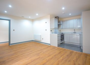 Thumbnail 1 bed flat to rent in Wandsworth High Street, London