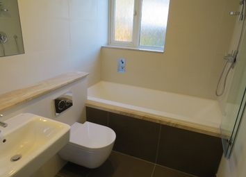 Thumbnail 2 bed flat to rent in Victoria Grov, Finchley