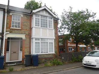 Thumbnail 4 bed flat to rent in Victortia Street, High Wycombe