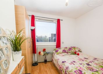 Thumbnail 5 bed flat to rent in Pitsea Street, London