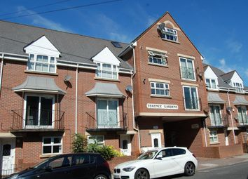 Thumbnail 1 bed town house to rent in St. Ronans Road, Southsea