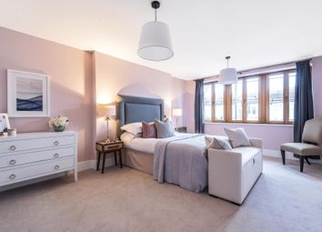 6 bed town house for sale in Victoria Avenue, London N3