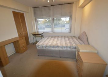 Thumbnail 3 bed flat to rent in Green Vale, London