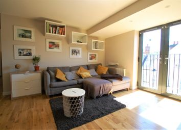 Thumbnail 2 bed flat for sale in High Street, Alton