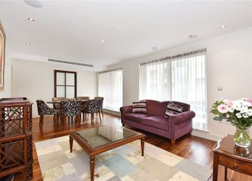 Thumbnail 3 bed flat for sale in Compass House, Park Street, London