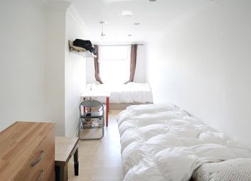 Thumbnail 5 bedroom shared accommodation to rent in Bethnal Green, Shoreditch