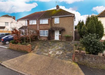 3 bed property for sale in Millfield Road, Faversham ME13