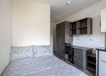 Thumbnail Studio to rent in Clarendon Road, Leeds, West Yorkshire