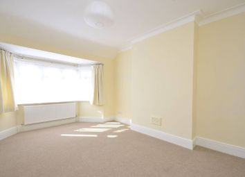 3 bed property to rent in Wentworth Park, West Finchley N3