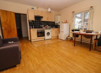 2 bed property to rent in Alma Road, Southampton SO14