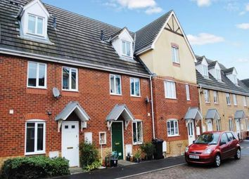 Thumbnail 3 bed property to rent in Sunderland Gardens, Newbury, Berkshire