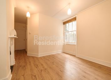 3 bed maisonette to rent in Southampton Way, London SE5