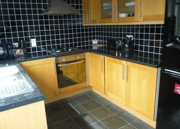 Thumbnail 2 bed property to rent in Willowmead, Hertford