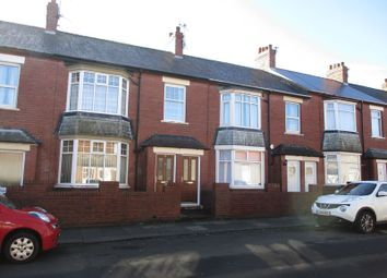 Thumbnail 2 bed flat for sale in Claremont Terrace, Blyth