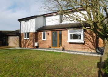 Thumbnail 4 bed detached house to rent in Fouracres, Letchworth Garden City