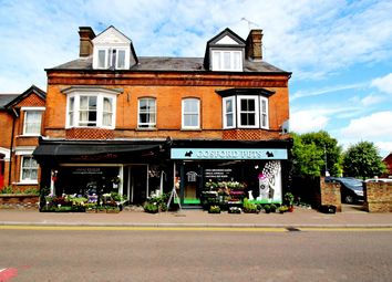 Thumbnail 3 bed flat for sale in High Street, Tring