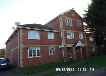 Thumbnail 1 bed flat to rent in Hawthorne Crescent, Slough