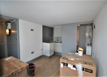 Thumbnail Studio to rent in Wells Drive, London