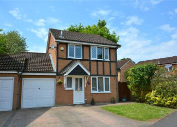 Thumbnail 3 bed link-detached house for sale in Waverley Way, Finchampstead, Berkshire