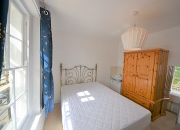 4 bed maisonette to rent in Caledonian Road, London N1