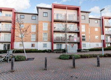 Thumbnail 2 bedroom flat for sale in Saxton Close, Grays