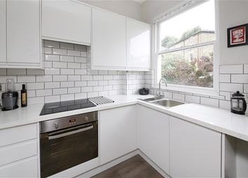 Thumbnail 1 bedroom flat for sale in Gipsy Hill, London