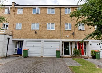 Thumbnail Room to rent in Swansea Court, Royal Victoria