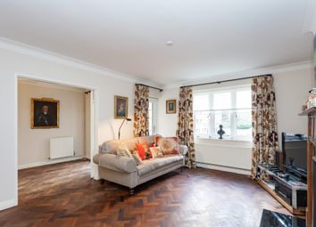 3 bed maisonette for sale in Garrick Park, London NW4