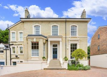 Thumbnail 2 bed flat for sale in Parkland Gardens, Wimbledon