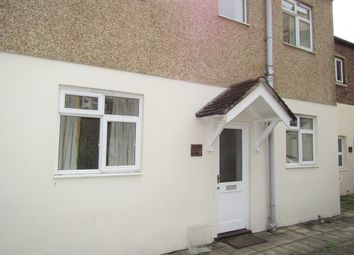Thumbnail 4 bed flat to rent in Fawcett Road, Southsea, Hampshire