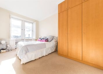 Thumbnail 1 bed flat for sale in Whitehouse Apartments, 9 Belvedere Road, London