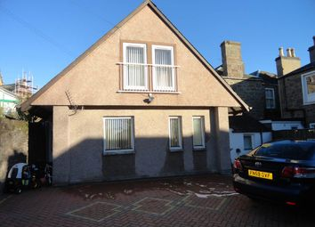 3 bed semi-detached house to rent in Westfield Place, Dundee DD1