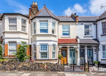 2 bed maisonette for sale in North View Road, London N8