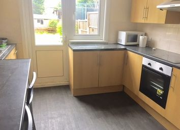 4 bed property to rent in Bowes Road, London N11