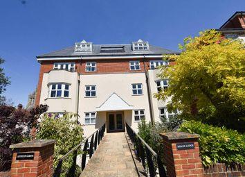 Jevington Gardens, Eastbourne BN21. 3 bed flat