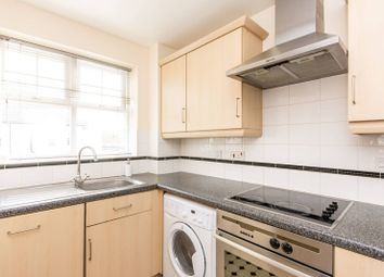 Thumbnail 2 bedroom flat to rent in Woodside Lane, North Finchley