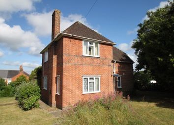 Thumbnail 3 bed detached house to rent in Connaught Road, East Cowes