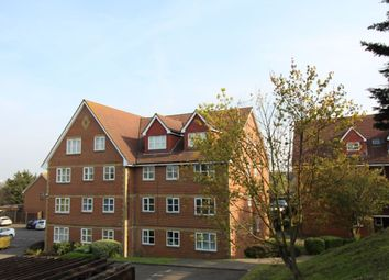 2 bed flat for sale in Canada Road, Erith DA8