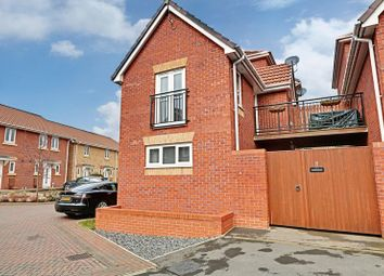 Thumbnail 1 bed semi-detached house for sale in Ladybower Way, Kingswood, Hull