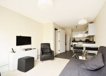 Thumbnail 1 bed flat for sale in Grosvenor Waterside, Pimlico