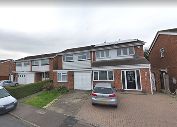 Thumbnail 3 bed terraced house to rent in View Close, Chigwell