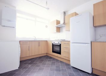 3 bed maisonette to rent in Treby Street, Mile End, London E3