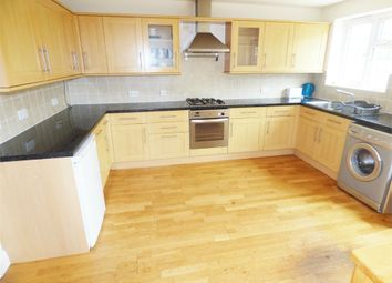 Thumbnail 4 bed detached house to rent in Walnut Close, Hayes, Middlesex