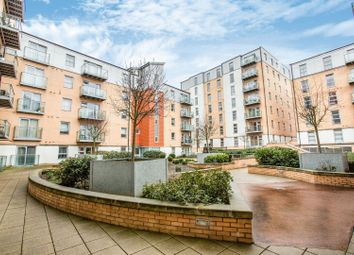 Queen Mary Avenue, London E18. 1 bed flat for sale