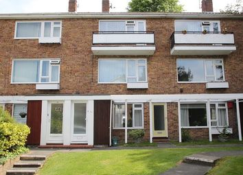 Thumbnail 2 bedroom maisonette to rent in Linden Court, Leatherhead