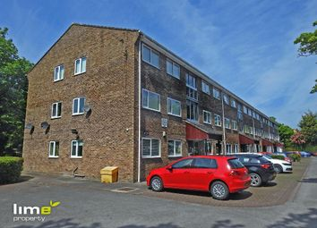 Thumbnail 2 bed flat to rent in Waters Edge, 631 Beverley High Road, Hull