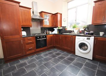 Thumbnail 3 bed flat to rent in Newington Green Road, Islington